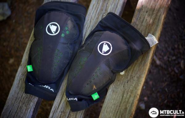 Endura MTR kneeguard Koroyd Flex+